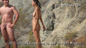 Молодая тайка сосёт на порно кастинге и скачет мокренькой мокрощелкой на пенисе