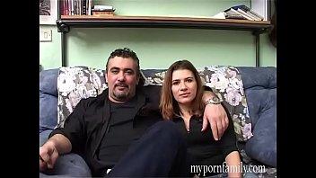Парень имеет в анал чужую жёнушку, дабы обучить ее тонкостям анального секса
